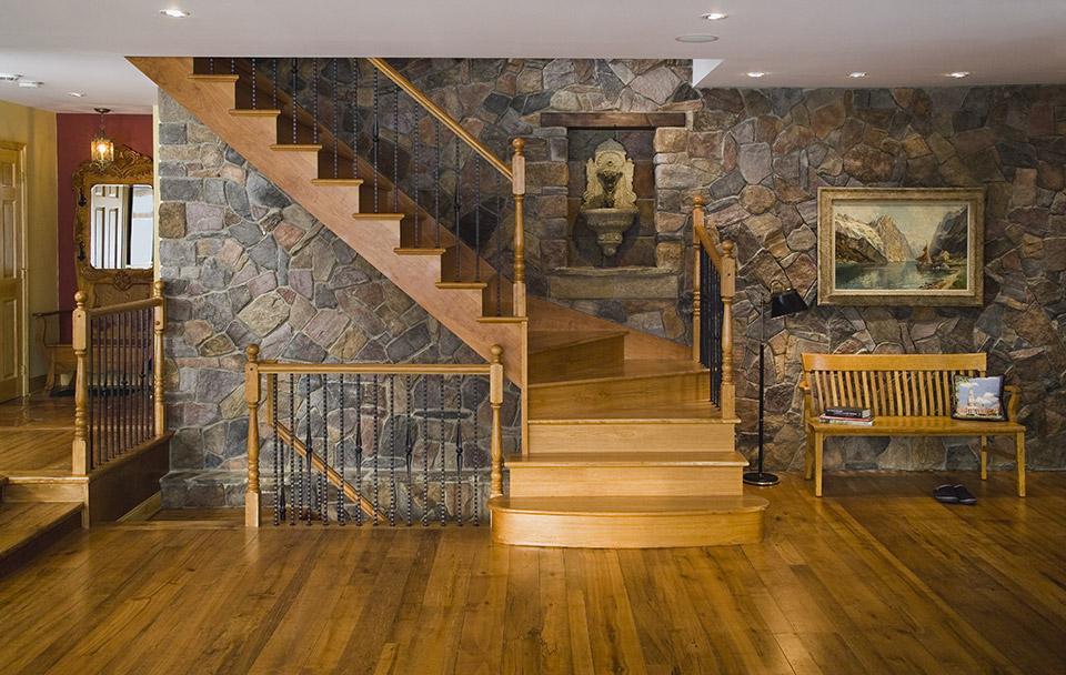 Stone veneer stairs design