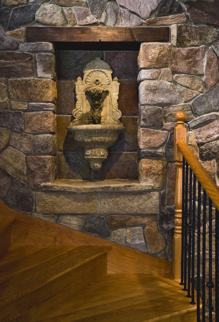 Stone veneer wall design